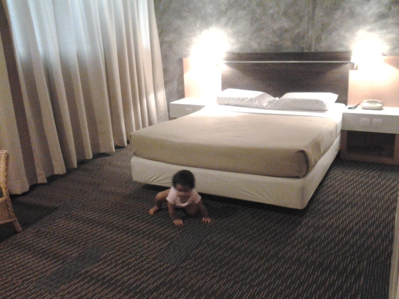 baby bath tub yang bagus merek tepung beras untuk bayi yang bagus forum infobunda little red. Black Bedroom Furniture Sets. Home Design Ideas