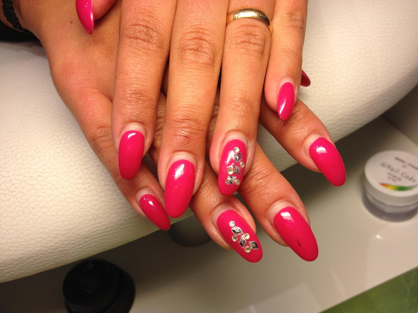 charlotte perrelli naglar