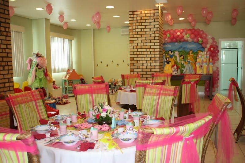 Festa do ch das princesas fazendo a minha festa - Casas de princesas ...