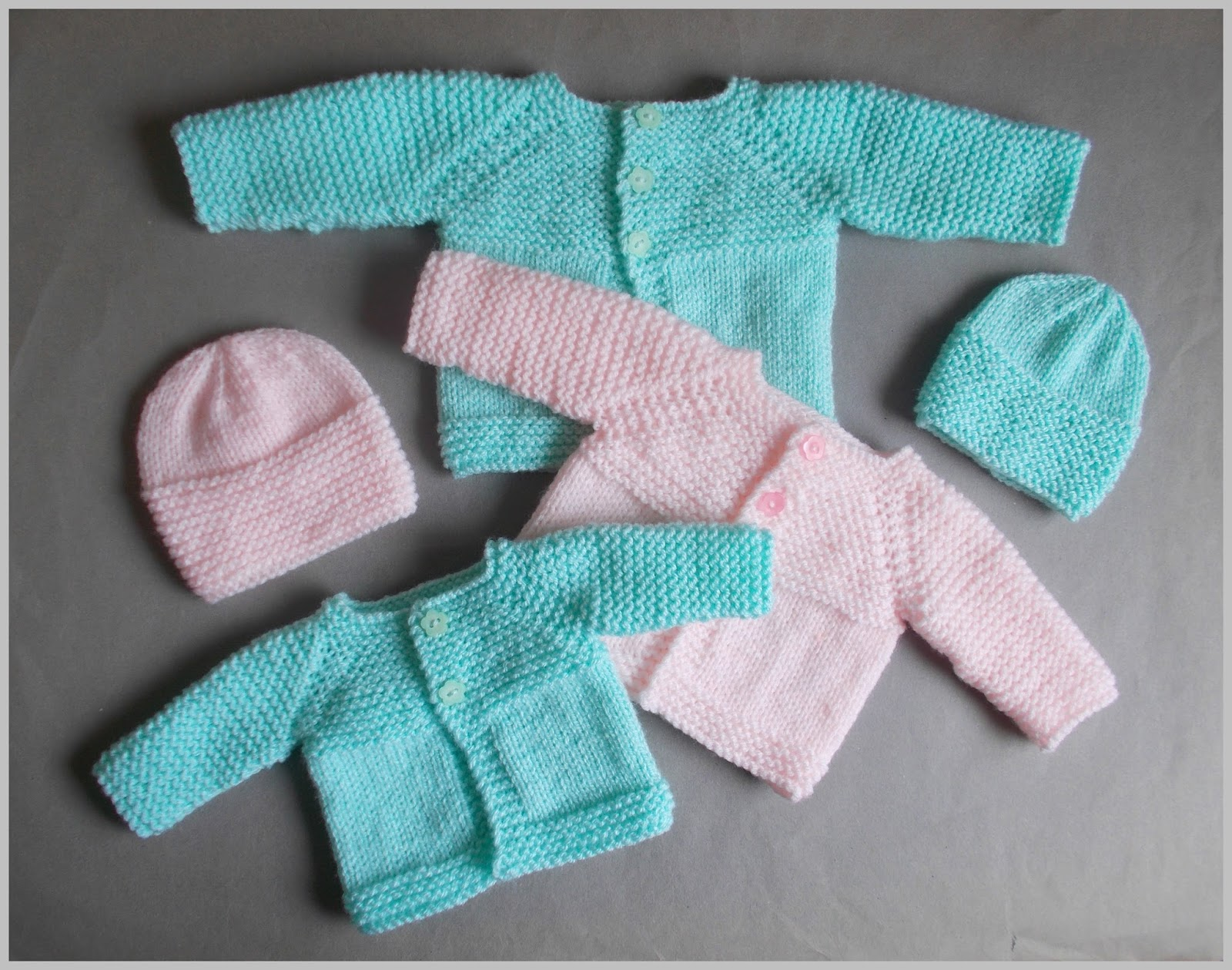 Miss Julia\'s Patterns: Free Patterns - Baby Sets & Outfits to Knit