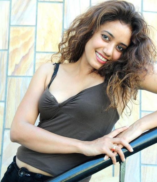 Apsera Deeshani Sriwickrama