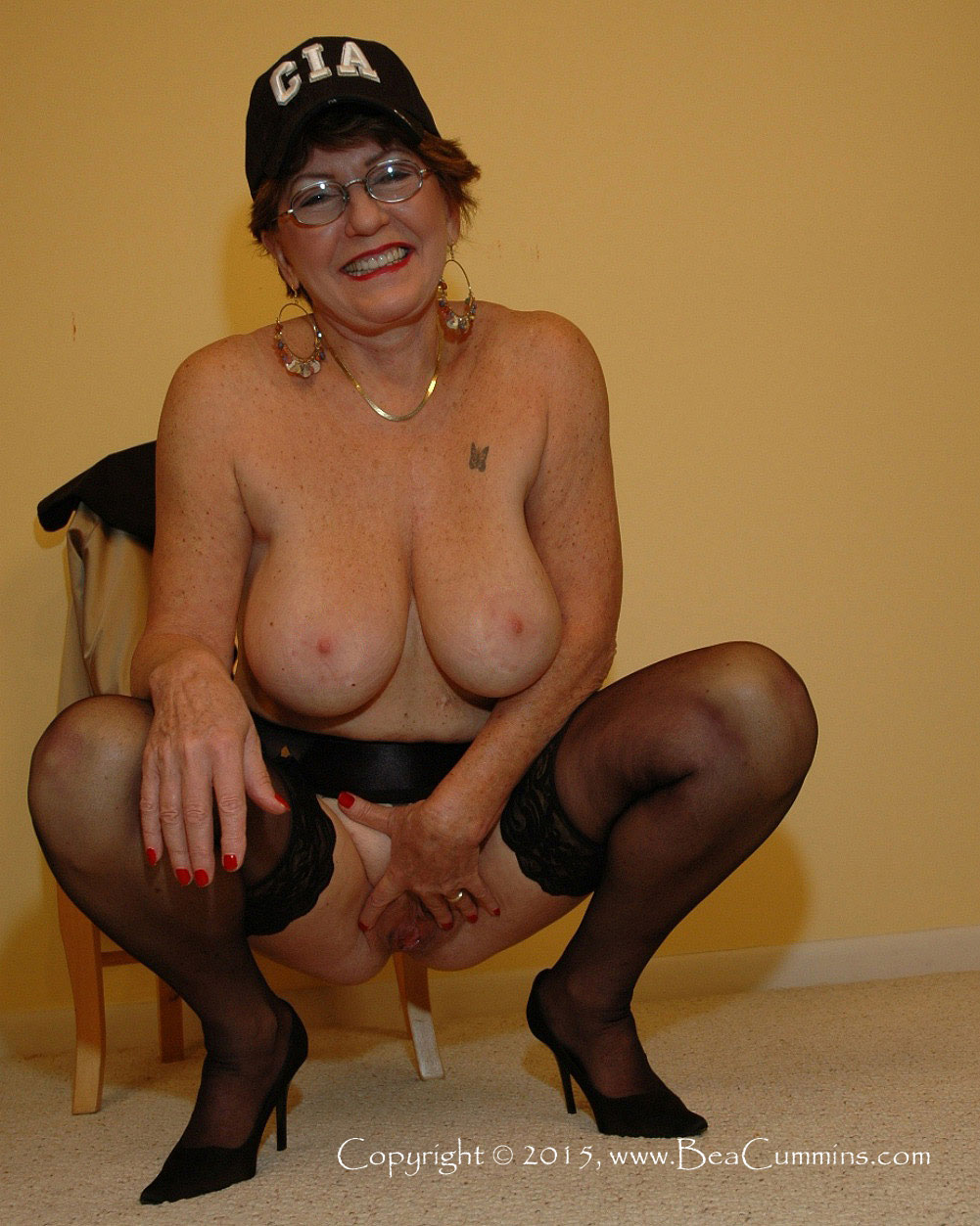 4 horny chubby matures for a luck boy in russia 2