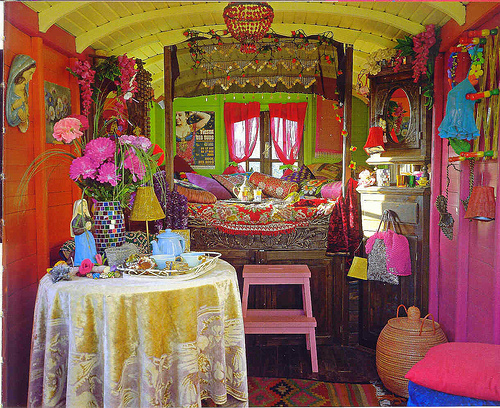 of the bohemian gypsy lifestyle and incorporate it in a kids room