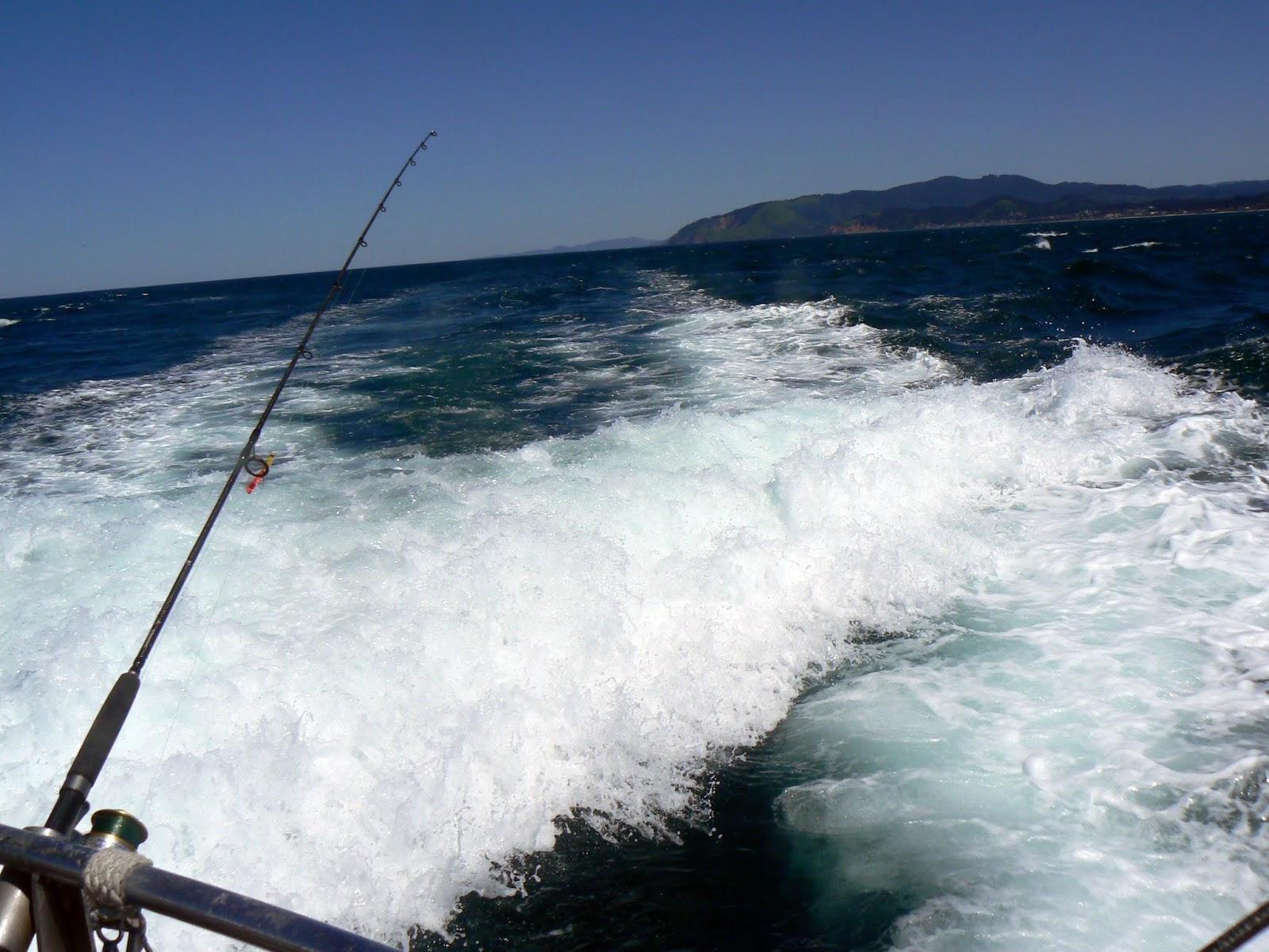 Oregon my perspective oregon coast fishing at depoe bay for Depoe bay fishing charters