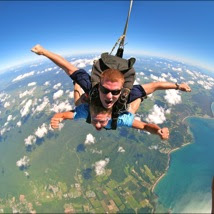 Skydive in Cairns over the spectacular Great Barrier Reef