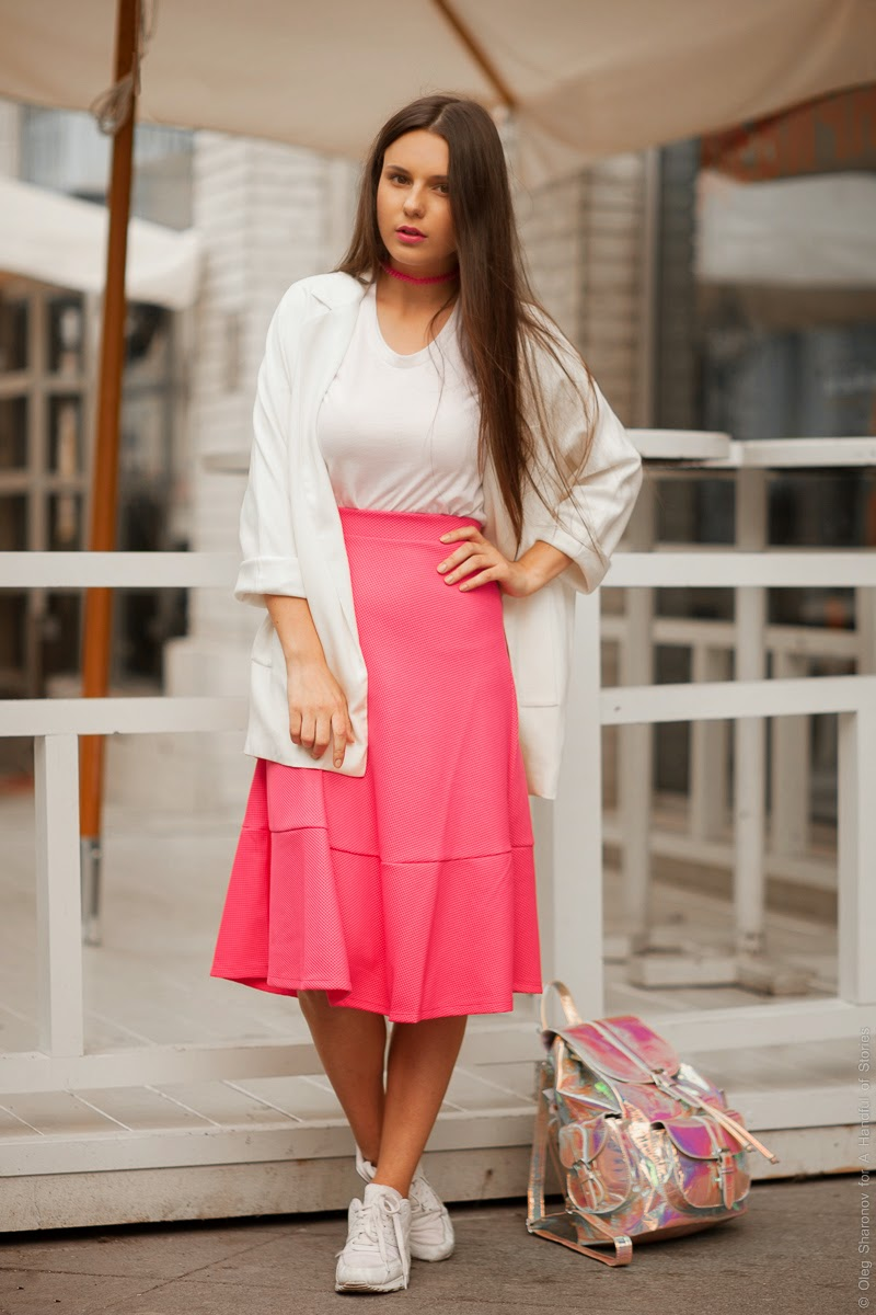 pink, white, midi, airmax, hologram, ootd, sporty, minimal, blogger, outfit idea