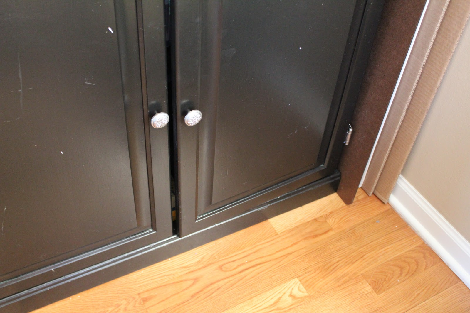 Kitchen Cabinet Door Ajar