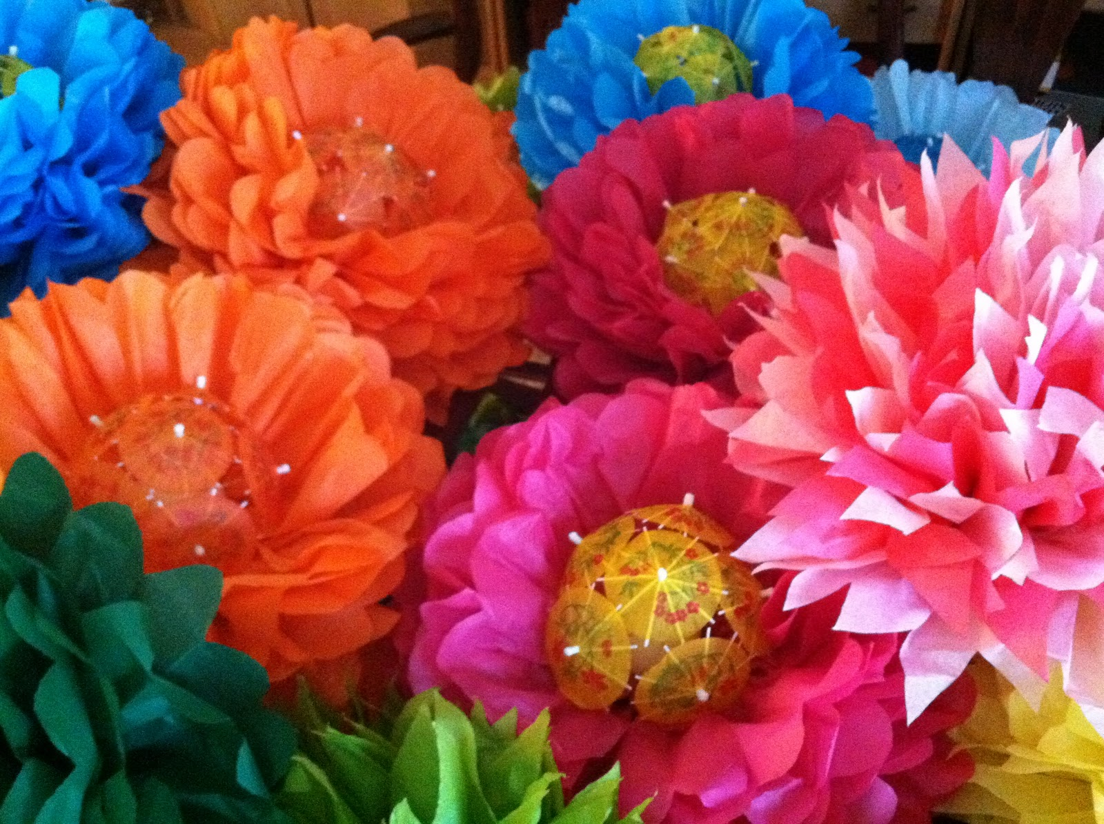 THE SOUND OF MUSIC: Tissue Paper Flowers