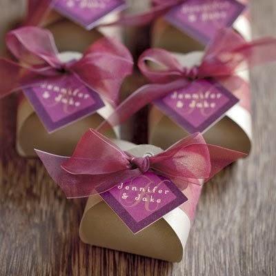 Beautiful Bridal: Diamond Shaped Wedding Favor Tags