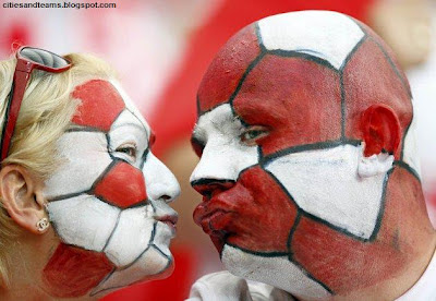 Nice Polish Couple Euro 2012 Fans During Poland And Greece Hd Desktop Wallpaper