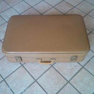 valigia di cartone della nonna
