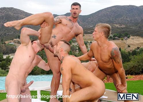 Порно фото гей групповуха