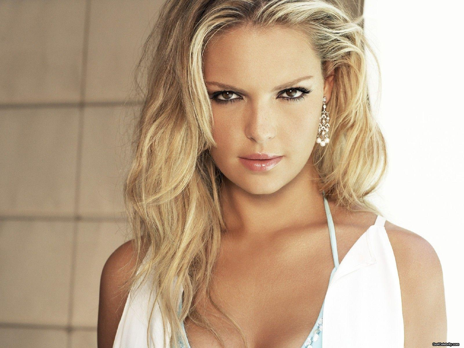 http://4.bp.blogspot.com/-KCUdJYsuOJ0/UCBAq8_ps7I/AAAAAAAAMHA/rb0Wamoe5do/s1600/Katherine+Heigl+Wallpaper+-+Www.10Pixeles+%2815%29.jpg