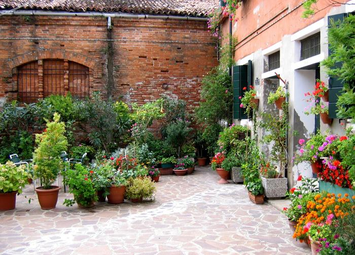 La ilusi n en el dise o del jard n vida paisaje for Jardines pequenos con ladrillos