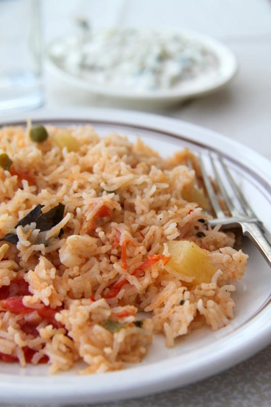 Chicken Pulao - ryż z kurczakiem po indyjsku