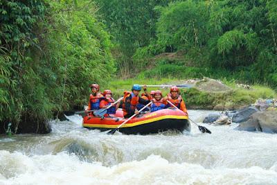 tempat outbound sukabumi citarik rivercamp