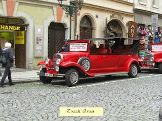 praga-masina-de-epoca-pentru-turul-orasului