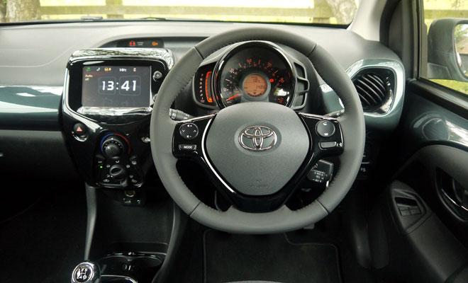 Toyota Aygo cockpit