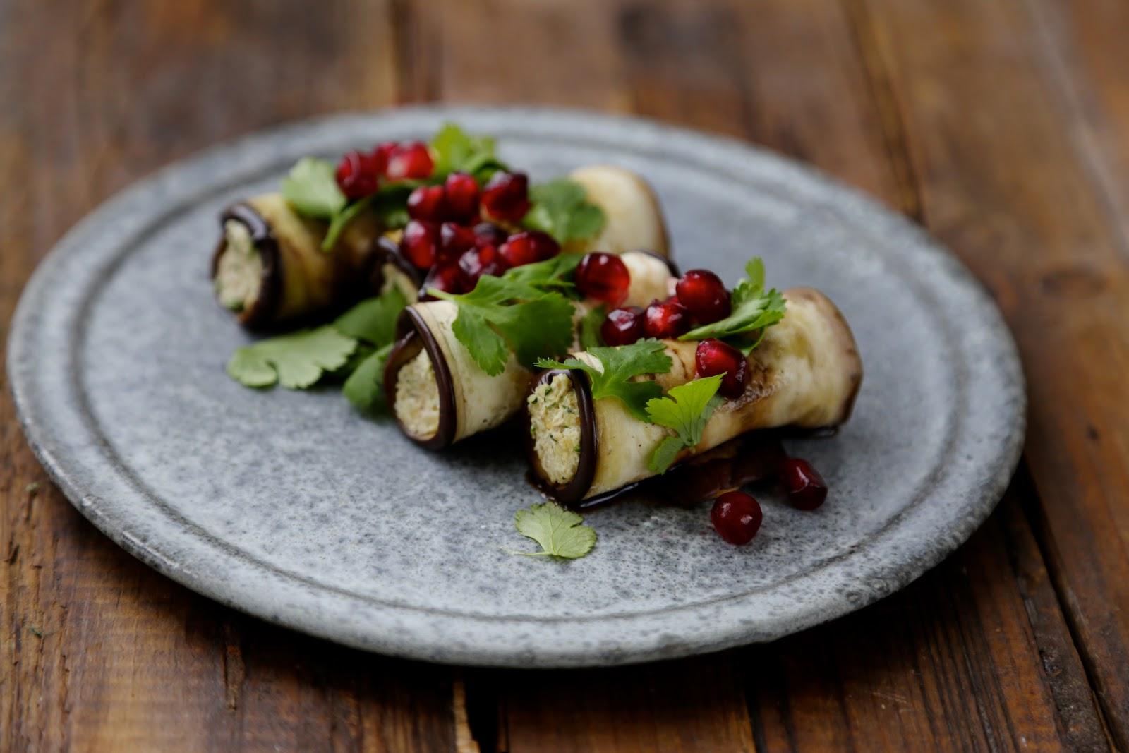 On dine chez nanou rouleaux d 39 aubergines au noix ou - Aubergine a la poele ...