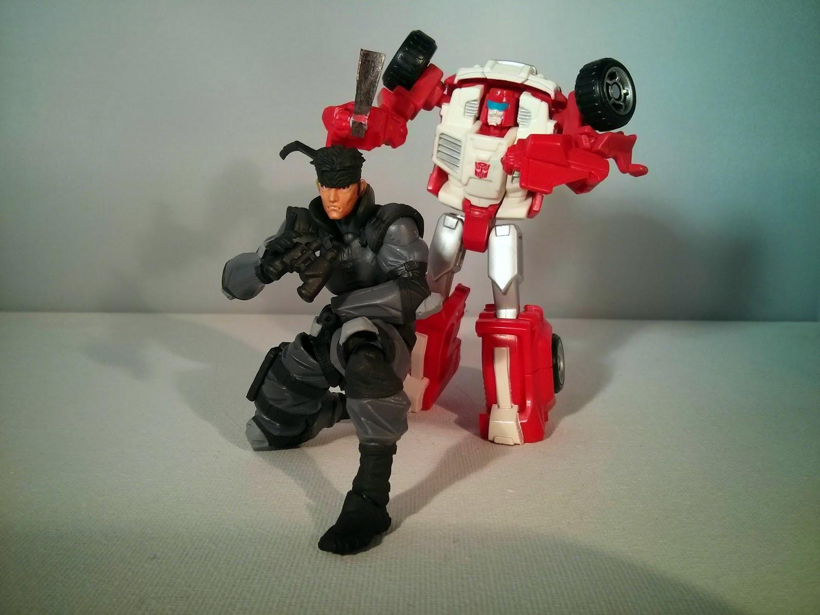 Swerve vs Solid Snake!
