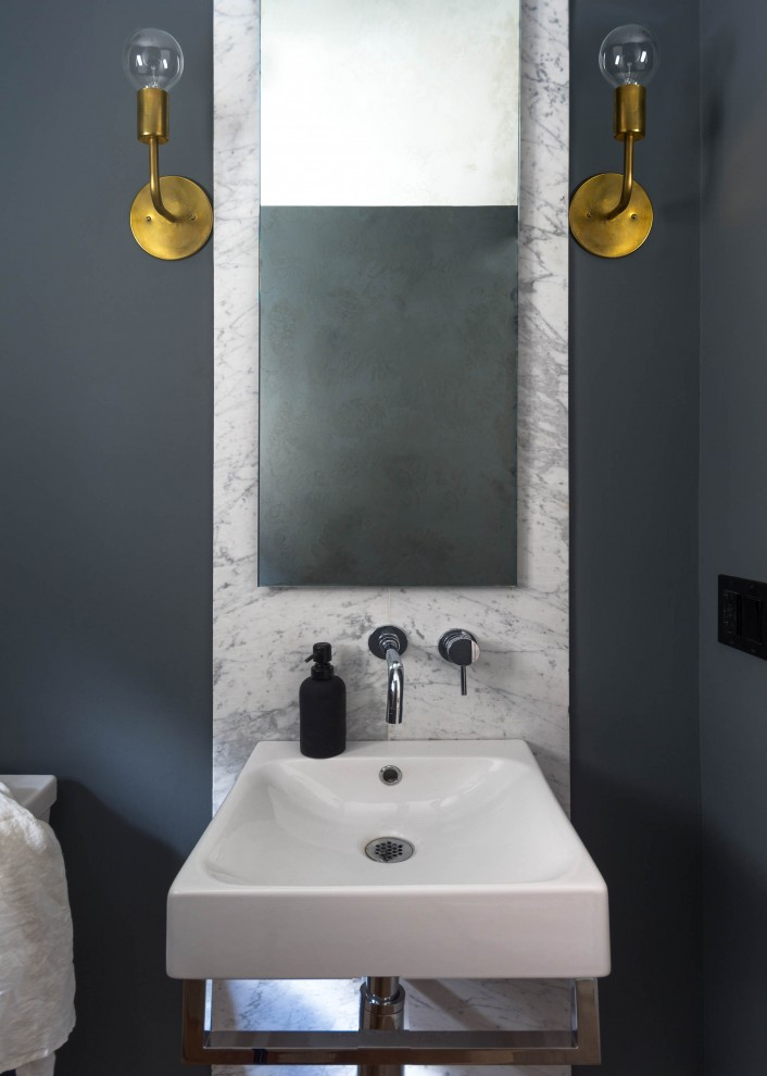 mhouse_regal_heights_modern_powder_room