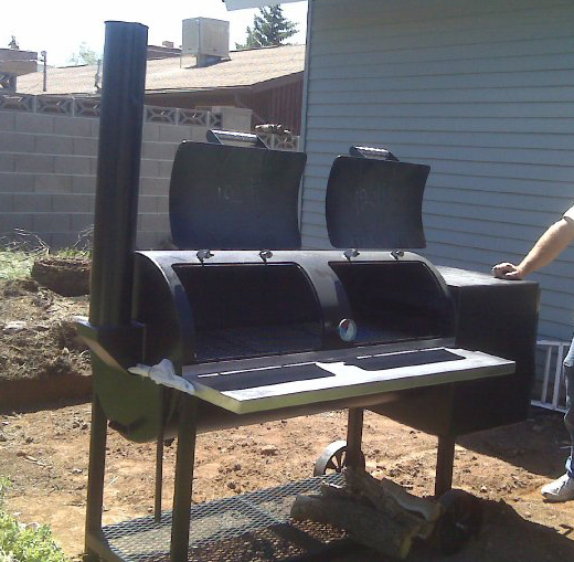 prepping the pit for first fire and seasoning once i got the new pit