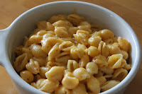 Microwaveable Macaroni & Cheese