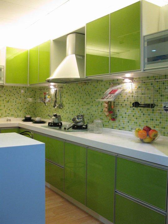 oren kabinet tips memilih keserasian warna dinding dapur