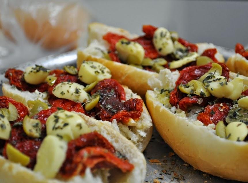 """""""Pizza"""" de Pão (vegana)"""