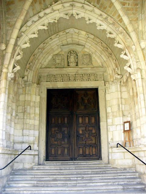 Portada de la Catedral de Santander