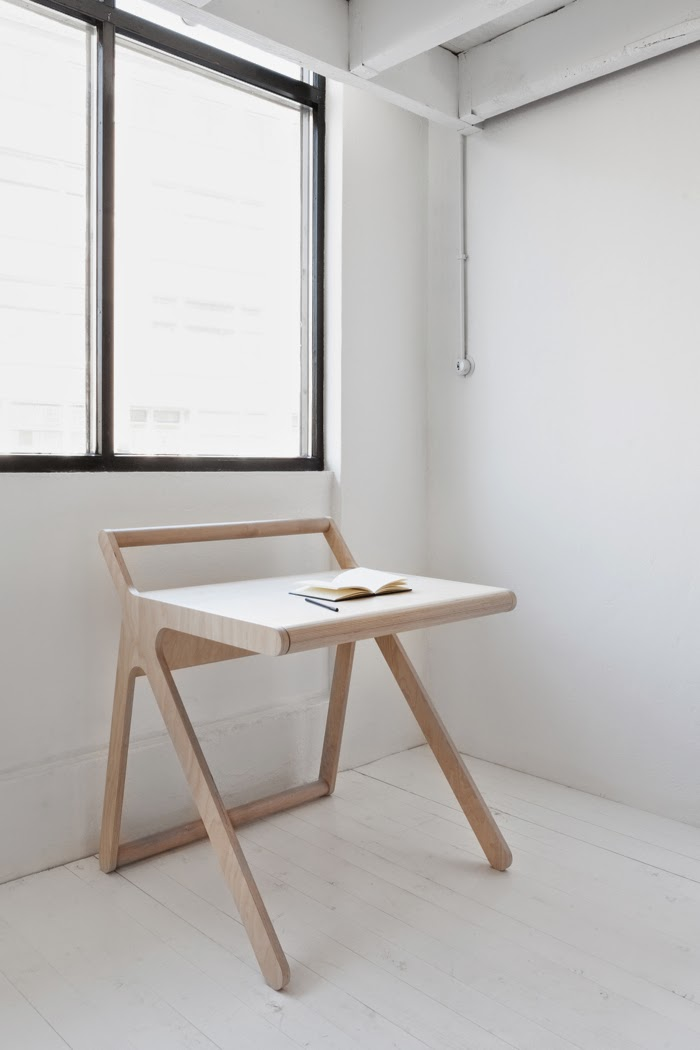 modern kids desk from Rafa-kids