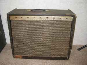Craigslist Vintage Guitar Hunt: Magnatone Custom 415 tube ...
