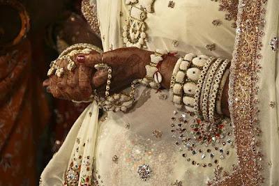 Berkahwin dengan haiwan di India