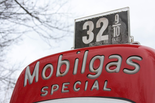 vintage Mobilgas pump at 32 cents per gallon