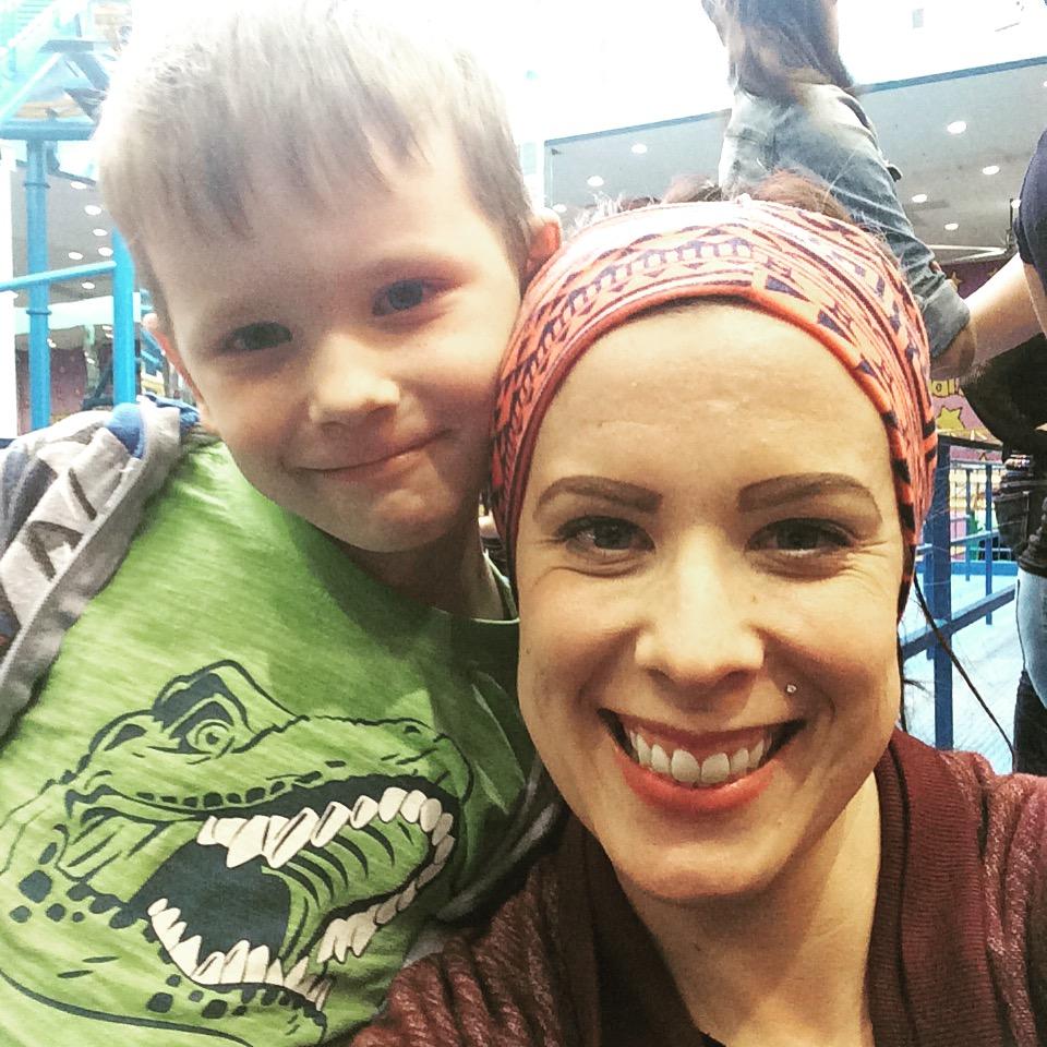 Eli & Mommy galaxyland