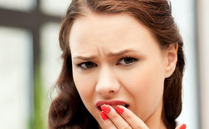 μυρίζει,στόμα,ασχημα,αναπνοη,δυσοσμη,δοντια,γλωσσα,σκορδο,κρεμμυδι