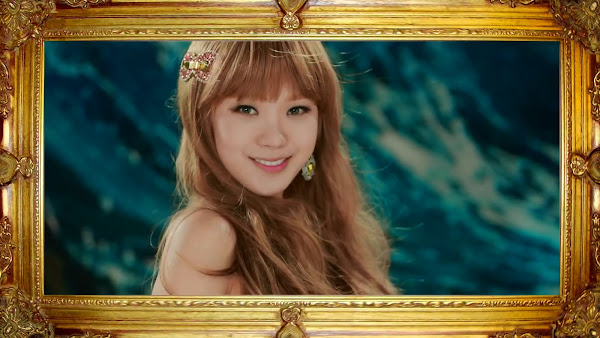 Orange Caramel Lizzy Catallena