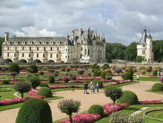 CHÂTEAU DE CHENONCEAU (LOIRE VALLEY) - Top List of Best Travel Countries in the World