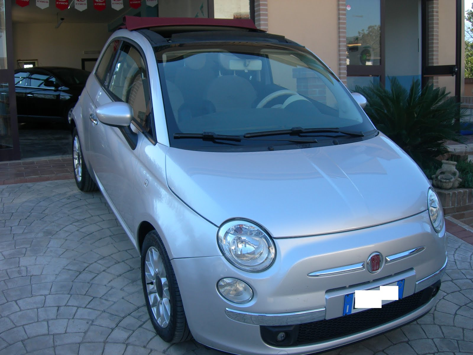 FIAT 500c 1.3 MULTIJET 95 CV CABRIO ANNO 2010 LOUNGE PREZZO 8.900,00 EURO