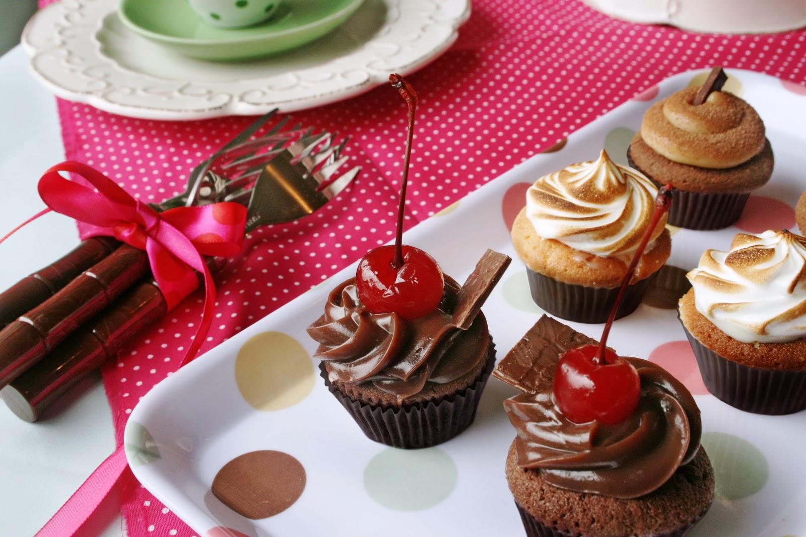 40bc78bac5 A Cupcake Company será a responsável pela mesa de doces da festa de  aniversário de um ano da Cervejaria Devassa em Curitiba