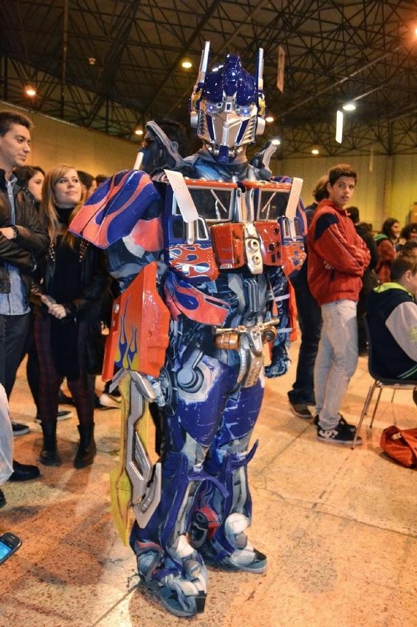 Cosplay de Optimus Prime en Mangafest 2013