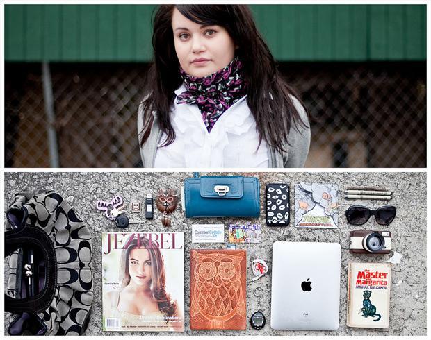 Personified: Una serie de fotos sobre personas y sus posesiones.