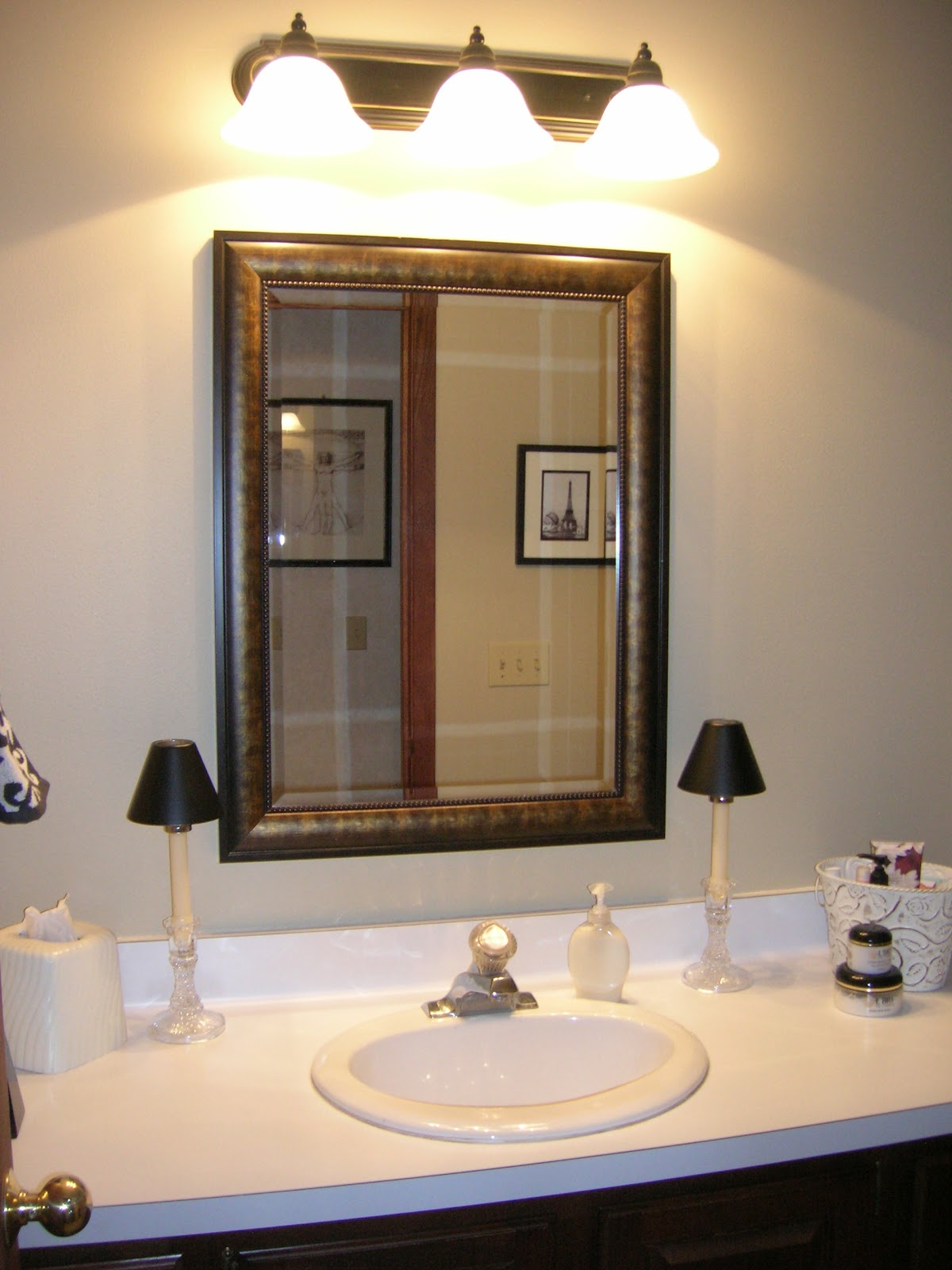 Maison newton bathroom finished - Traditional bathroom mirror with lights ...