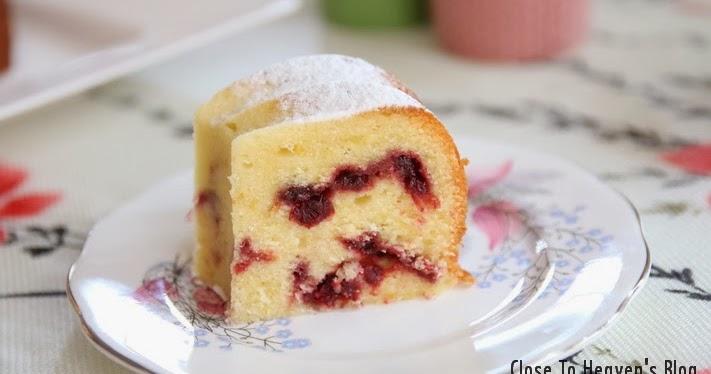 Orange Cranberry Cream Cake