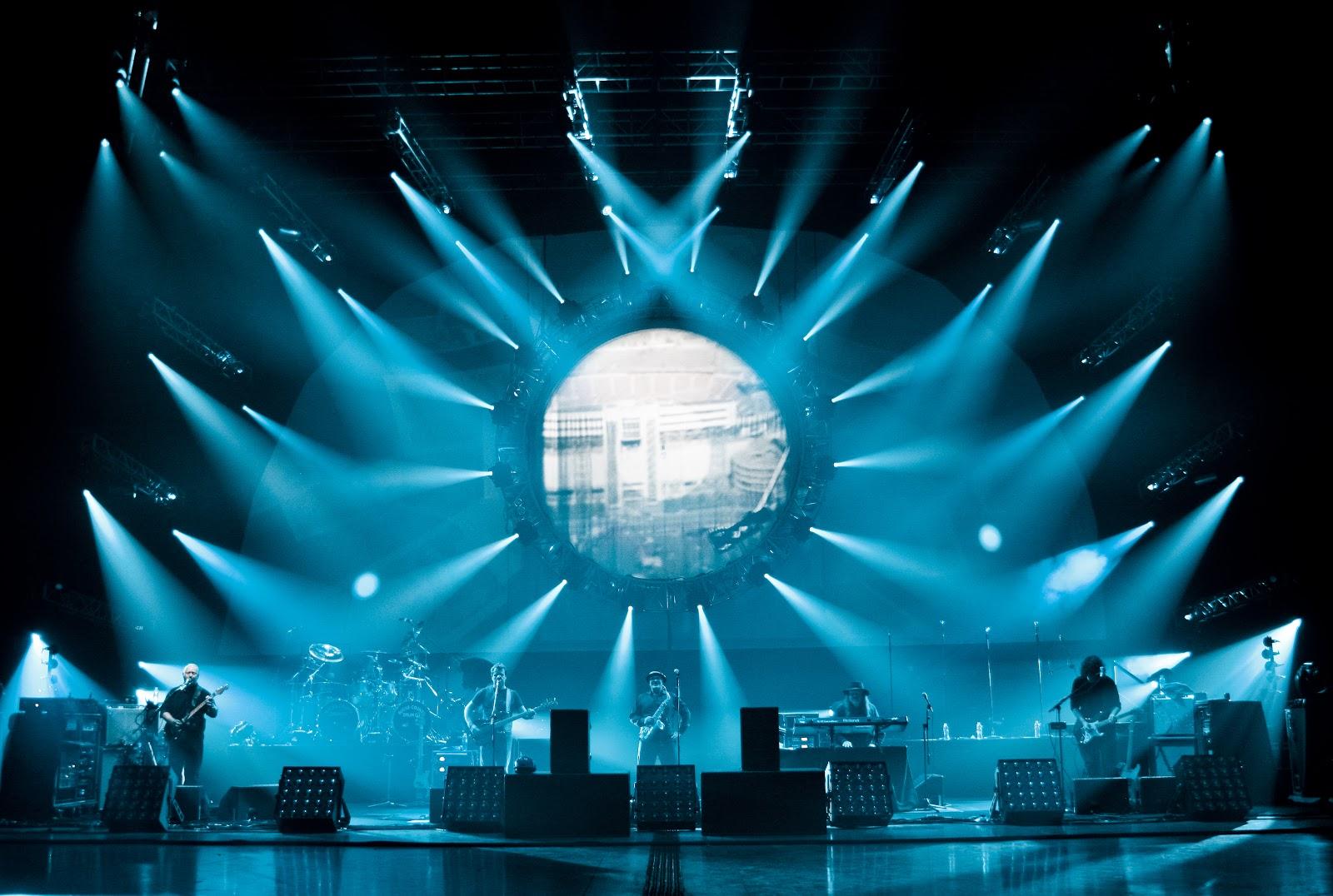 staging toolbar rock concert stage