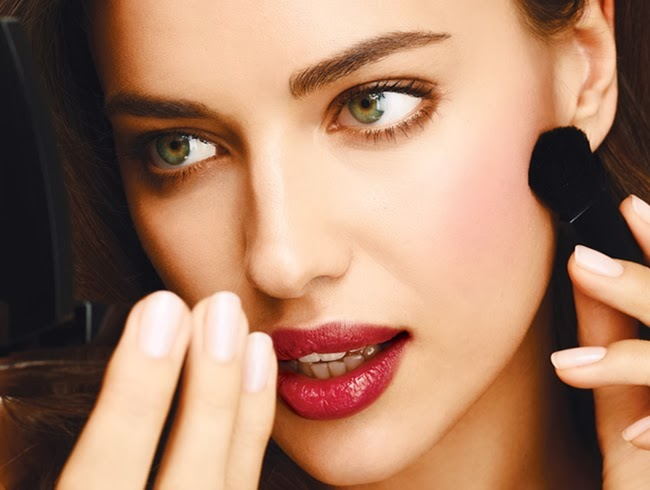 Irina Shayk shows off Fall/Winter 2013 make up trends for ...