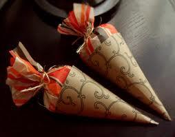 conos de papel para dulces