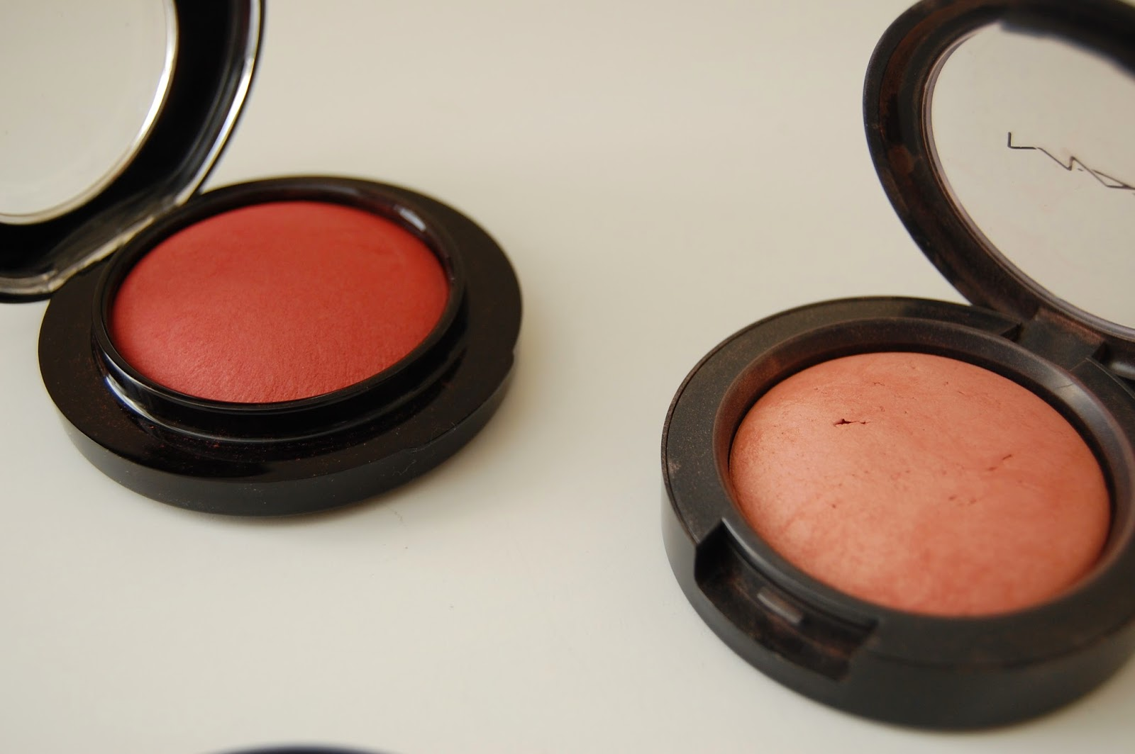 MAC_Mineralize_Blush_Love_Joy_Gleeful_Utterly_Game