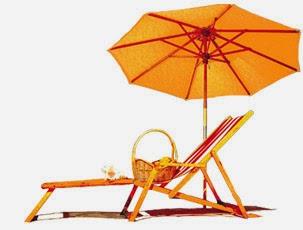 лежак и зонтик на курорте