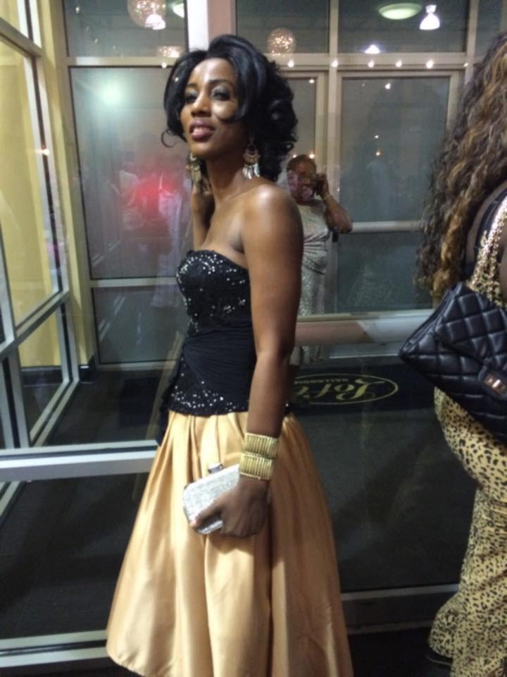 http://4.bp.blogspot.com/-KGR4P3_-bKU/VnlWz8tWh-I/AAAAAAAAD48/GjeiKUDho_g/s1600/pretty-black-girl-in-skirt-blouse.jpg